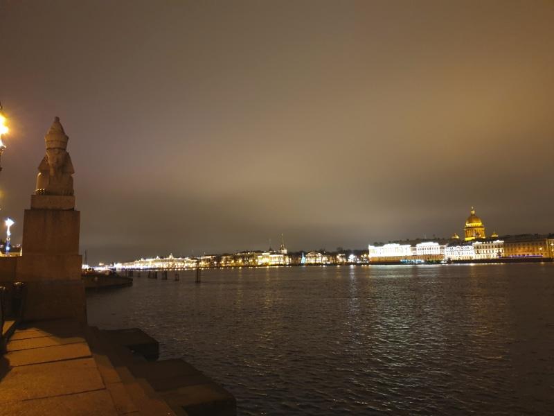 Neva River at night